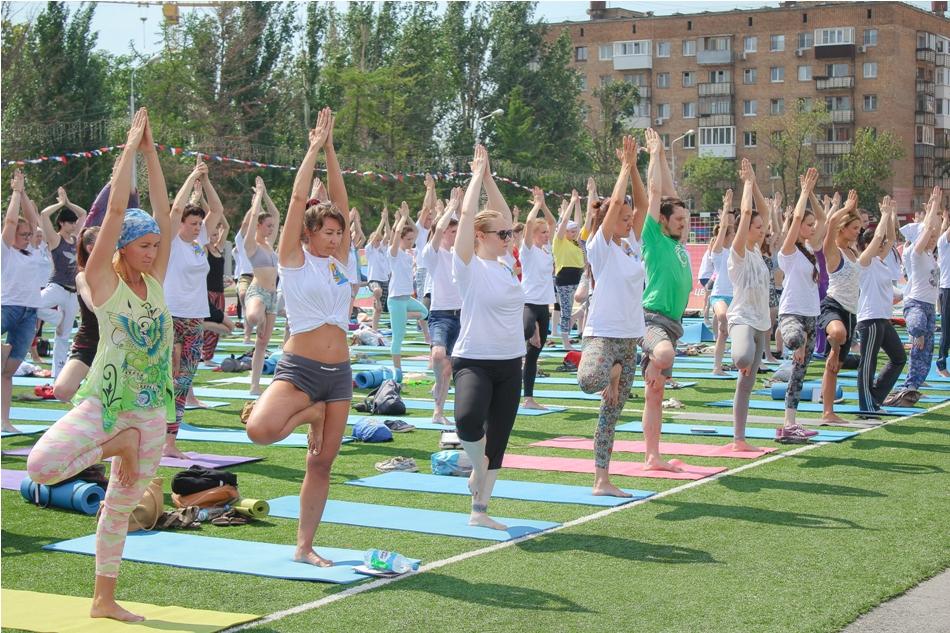 mezhdunarodnyy-den-yogi06