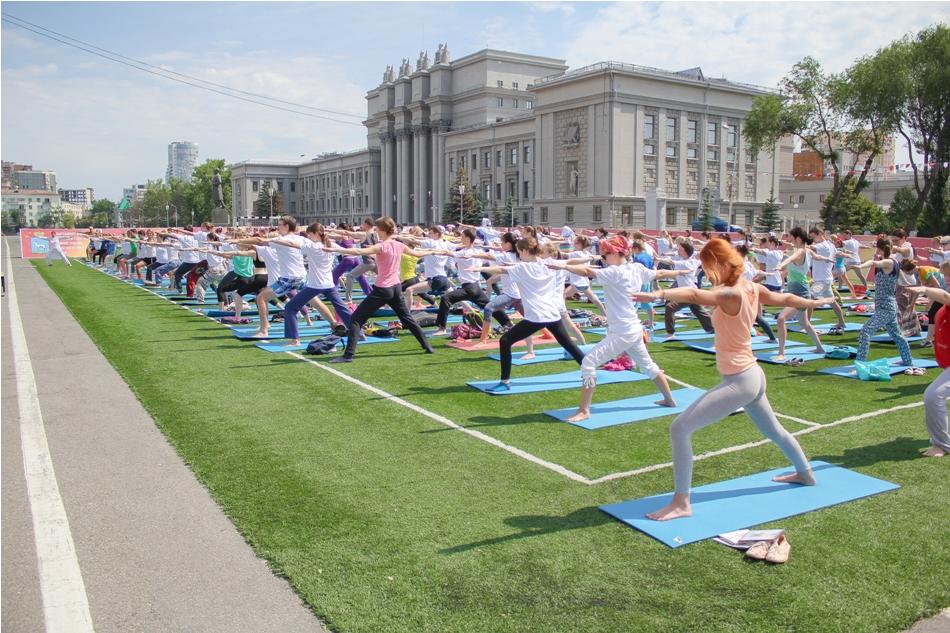 mezhdunarodnyy-den-yogi07