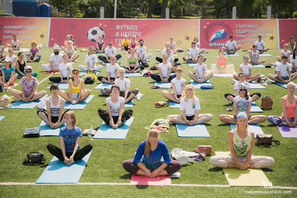 mezhdunarodnyy-den-yogi10
