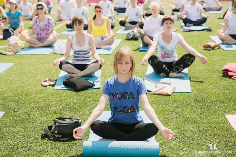 mezhdunarodnyy-den-yogi17